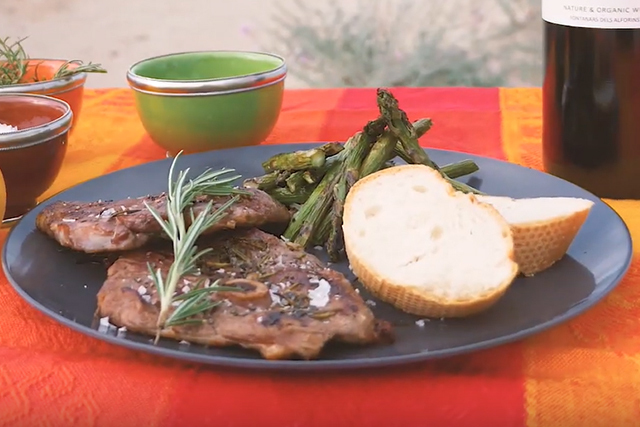 Lamb Chops with Asparagus